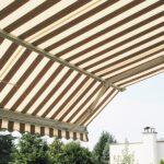 Elegant Marcesa terrassemarkise - Fasadeprodukter AS - med knekk brun