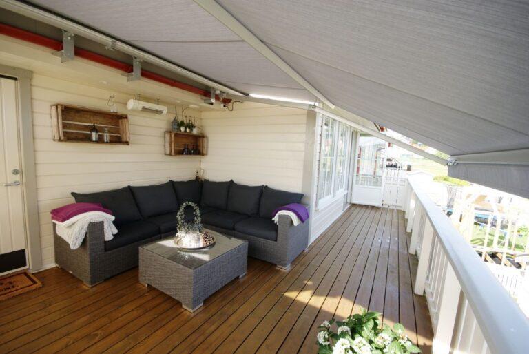 Elegant terrassemarkiser - solskjerming fra Fasadeprodukter AS