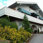 Kurvmarkise - Fasadeprodukter AS - På balkong