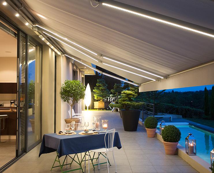 Fasade moderne FA 58 - Fasadeprodukter AS - med somfy lyslist