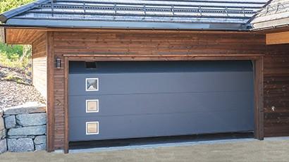 Norskprodusert garasjeport