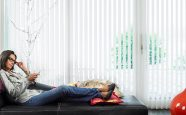 Lamellgardiner i stuen fra Fasadeprodukter AS