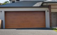 Timber Villa garasjeporter fra fasadeprodukter AS - Trefarget ingress