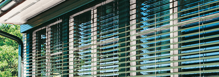 Utvendige persienner fra Fasadeprodukter AS